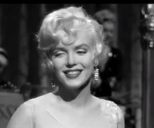 belleza, i wanna be loved by you, and marilyn image