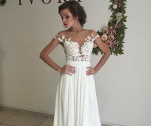 wedding dress, elegant wedding dresses, and white wedding dress image