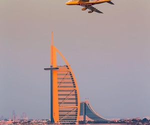 airplanes, Flying, and emirates image