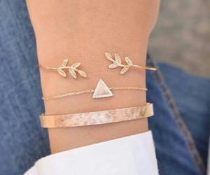 bracelet, accessories, and jewelry image