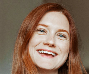 bonnie wright, gryffindor, and smile image