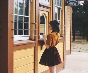 vintage, girl, and skirt image