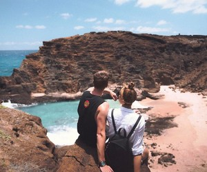 couple, ocean, and travel image
