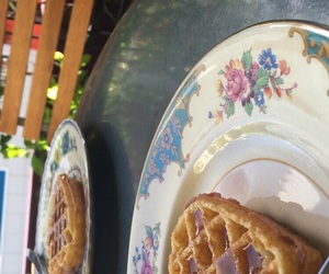breakfast, gouter, and gaufre image