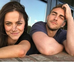 couple, the royals, and tom austen image