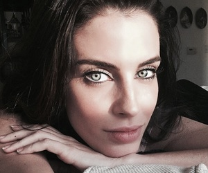 90210 and Jessica Lowndes image