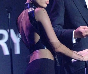 beauty, miley cyrus, and concert image