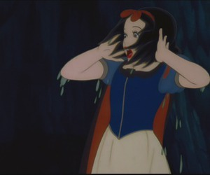 snow white and wet image