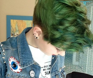 green hair image