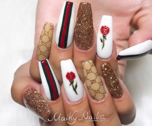 nails, gucci, and rose image