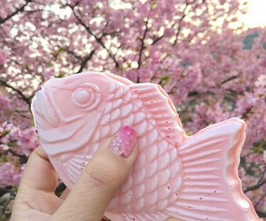 pink, japan, and fish image