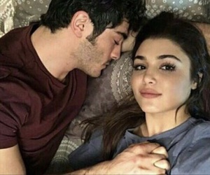 couple and hande erçel image