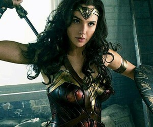 wonder woman, gal gadot, and article image
