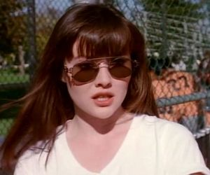 90's, 90s, and shannen doherty image