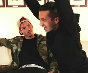 twenty one pilots