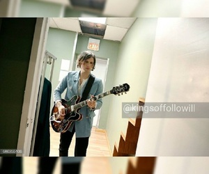 guitar, kings of leon, and Matthew Followill image