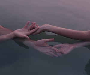 aesthetic, grunge, and hand holding image