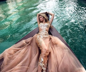 dress, haute couture, and photoshoots image