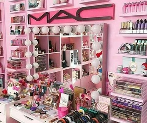 girly, girly things, and pink image