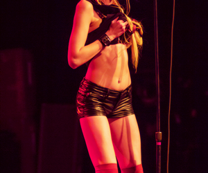 concert, Taylor Momsen, and xxxx image