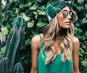 green, outfit, and summer image