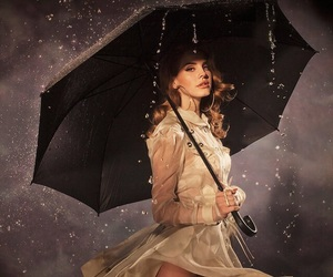 lana del rey, rain, and umbrella image