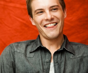 xavier samuel and eclipse image