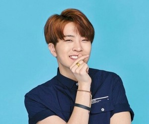 youngjae, got7, and blue image