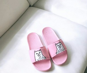 aesthetic, pink, and slipper image