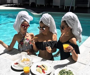 summer, fashion, and friends image