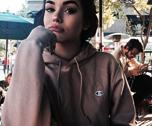girls and maggie lindemann image