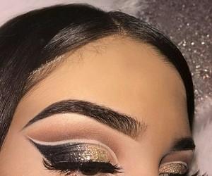 eyeshadow and makeup look image