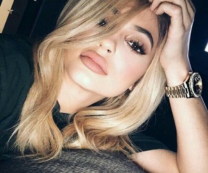 kyliejenner image