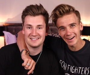 joe sugg, oli white, and thatcher joe image