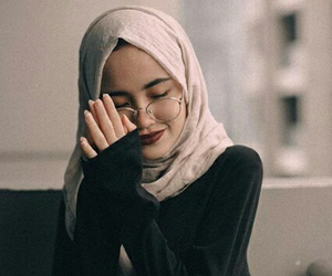 beauty, glass, and hijab image
