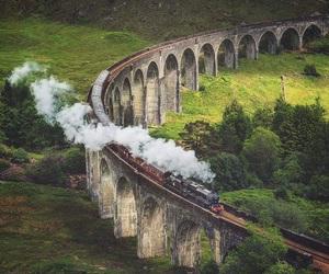 hogwarts and train image