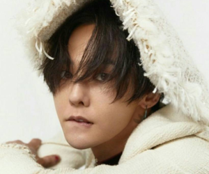 g-dragon, handsome, and yg family image