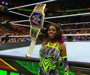 naomi, wwe, and sd women's champion image