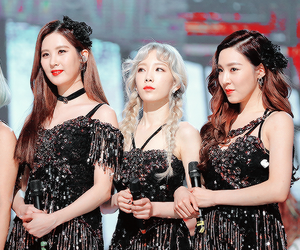 snsd, tiffany, and taetiseo image