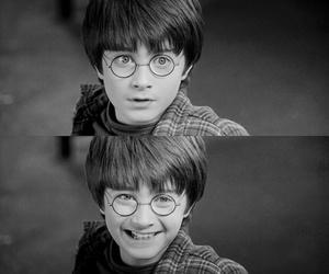 harry potter, hogwarts, and smile image