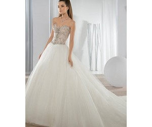 ballgown, sweetheart, and sleeveless image