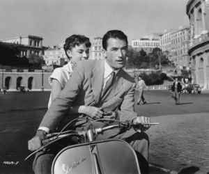 film, gregory peck, and Vespa image