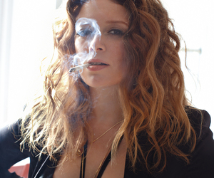 natasha lyonne and oitnb image