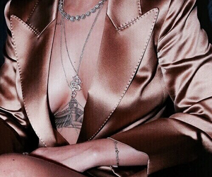 rose gold, rihanna, and gold image