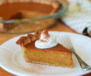 crust, pumpkin spice, and pie image
