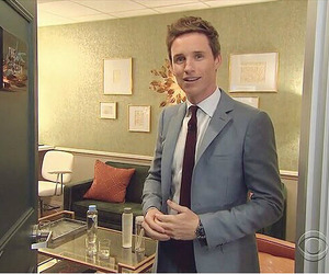 eddie redmayne and the late late show image