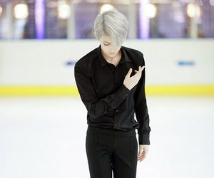 cosplay, anime, and yuri on ice image