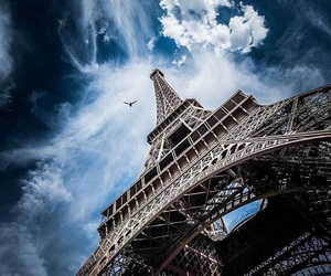 torre eiffel and parís image