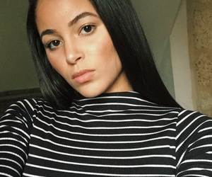 beauty, girl, and bronzer image