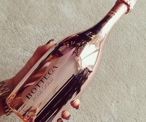 rose gold, drink, and champagne image